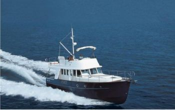 Beneteau Swift Trawler 42 - Flying Fast in a Beneteau