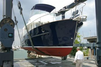 Beneteau Swift Trawler 42 Project Management