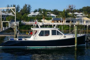 True North 38 - Delivery to the Abacos