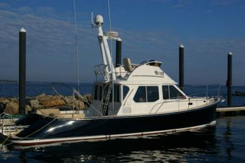 True North 38 Flybridge - Key Largo in the Winter and Rhode Island for the Summer