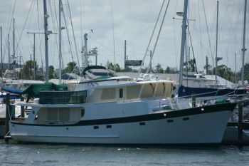 Kadey Krogen 58 - Trawler Training in the Indian River Lagoon FL