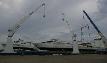Kadey Krogen 58 - Offload from Asia to Port Everglades, FL