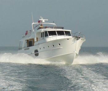 Beneteau Swift Trawler 52 - Offload from France to Florida