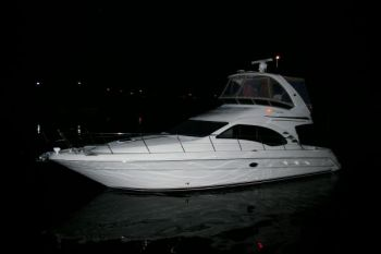 SeaRay Sedan Bridge 44