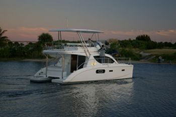 Leopard 37 Power Catamaran