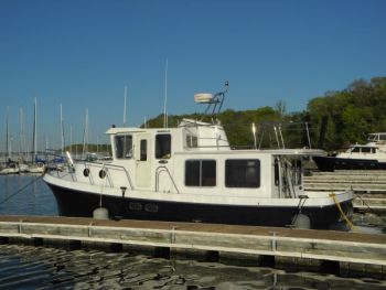 American Tug 34 - Trawler Training on the Tennessee River with Captain Chris, a Great Loop sidetrip