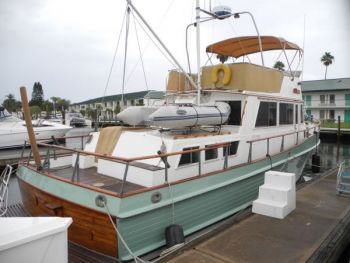 Cruising on a Grand Banks - Trawler Training with Captain Chris