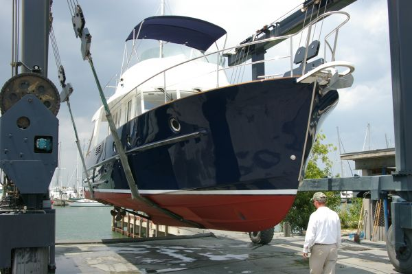 Beneteau Swift Trawler 42 in the boat yard