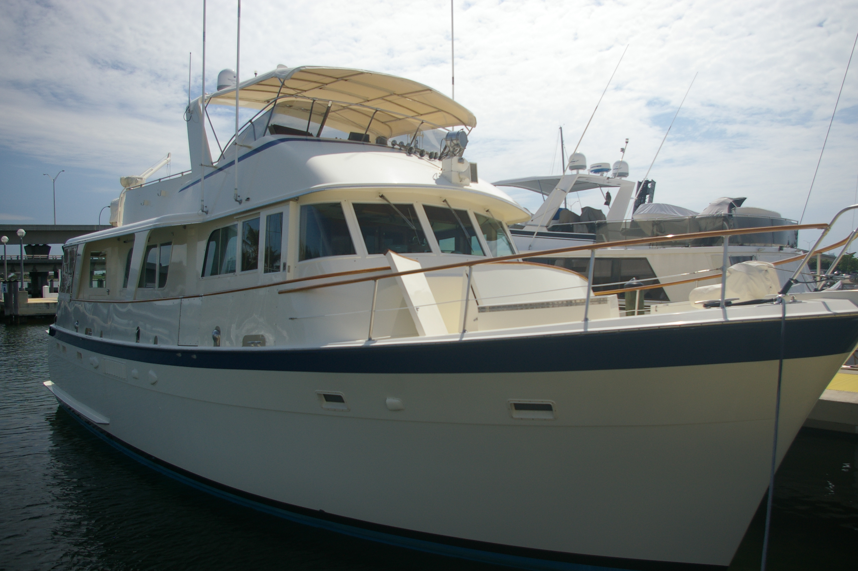 The Shakedown Cruise abaord a Hatteras 58 LRC Long Range Cruiser